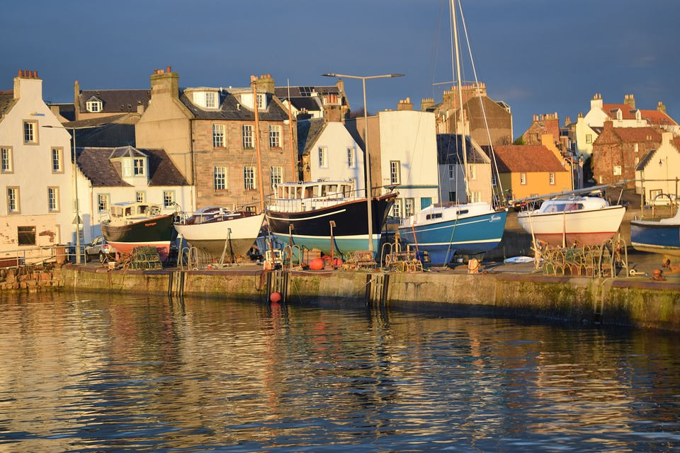 This image has an empty alt attribute; its file name is east-fife.jpg